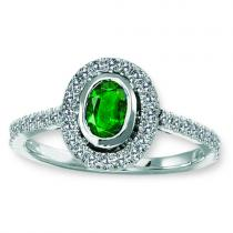 Emerald & Diamond Ring set in 14K Gold