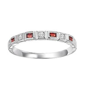 Garnet & Diamond Ring in 14K White Gold / FR1225