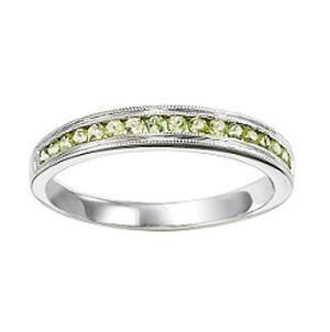 Peridot Ring in 14K White Gold / FR1245